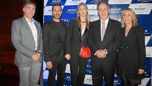 Marcelino Miñano, Jaime Anglada, que estrenó un tema compuesto para AEA Solidaria; Inma Sanguino, Javier Sanz y Encarna Mato.