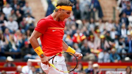 Nadal derrota a Kolschreiber y pone el empate en la eliminatoria de la Davis