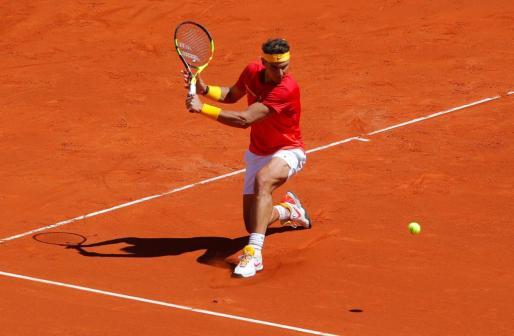 Rafael Nadal durante su encuentro de la Copa Davis ante Alexander Zverev.