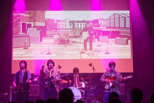 The Flaming Shakers ofrece un concierto tributo a The Beatles.