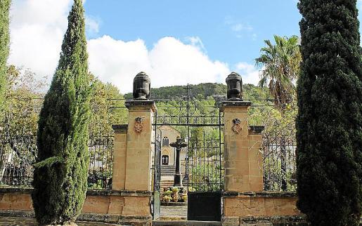 Imagen de archivo del cementerio de Bunyola.