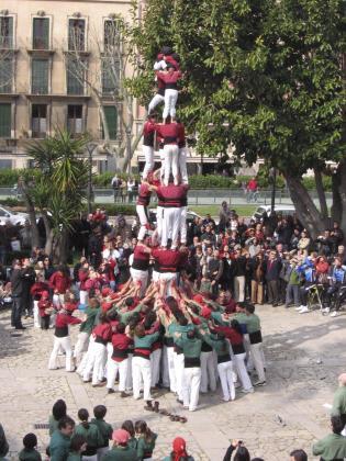 Dos 'colles castelleres' levantarán sus impresionantes castillos humanos la mañana del día 1 en s'Hort del Rei