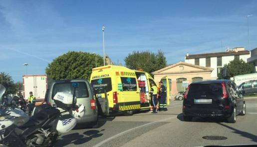 El incidente se ha producido a la altura de la avenida Gabriel Roca y avenida Argentina.
