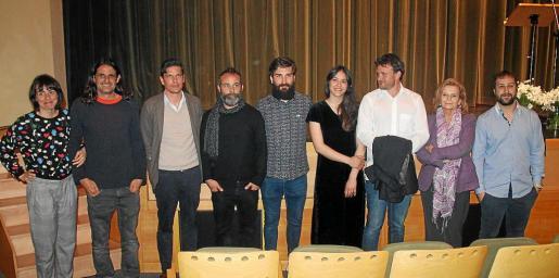 Mónica Pérez, Tià Jordà, Carlos Forteza, Pau Vaquero, Héctor Seoane, Maria Antònia Salas, Joan M. Albinyana, Carme Riera y Joan Antoni Sunyer.