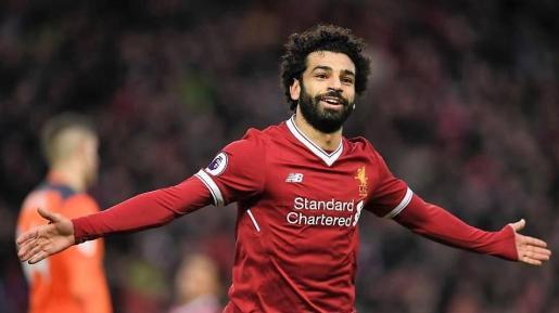 Salah celebra un gol con el Liverpool.