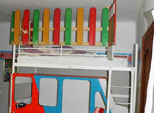 La litera que utilizaban los padres enjuiciados esta semana por encerrar a los menores en un domicilio de Calvià.