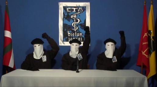 Imágenes de tres integrantes de la banda terrorista ETA.