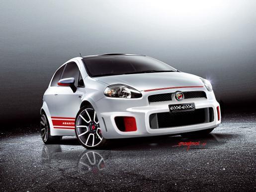 La imagen más deportiva con los vehículos Fiat, Alfa romeo y Lancia.
