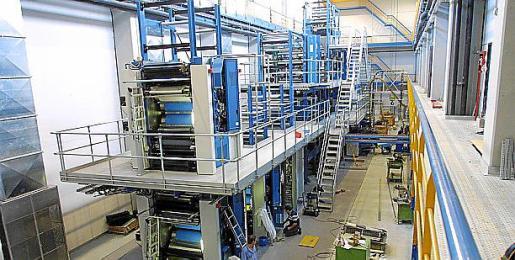Rotativa Koenig & Bauer, situada en el polígono industrial de Son Valentí, con la que se imprime Ultima Hora.