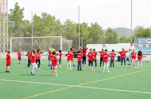 Los niños de los colegios del municipio de Sant Joan de Labritja se lo pasaron en grande con las distintas actividades programadas.