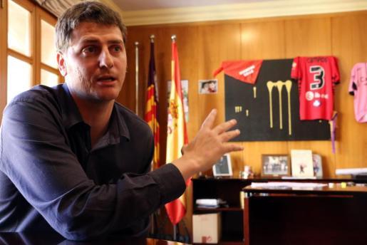 El alcalde de Campos y adjunto a la presidencia del PP balear sostuvo que no quería polemizar sobre este caso, aunque lo que consiguió fue más bien lo contrario.