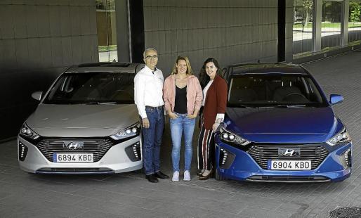 Ramón Terrasas y Elena Gris, de Hyundai, estuvieron acompañados por la nadadora Mireia Belmonte.