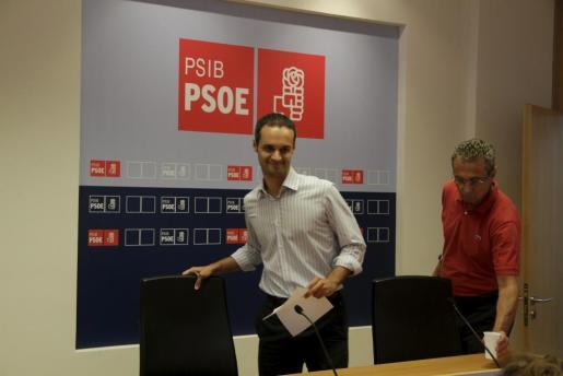 El candidato de PSOE, Pablo Martín.