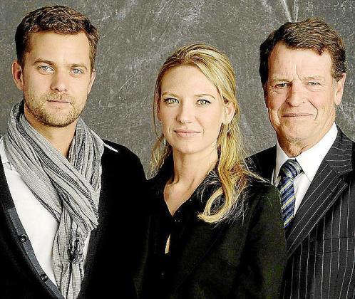 Los protagonistas de 'Fringe' se enfrentan a extraños sucesos.