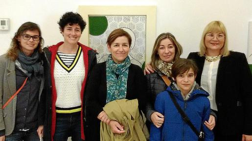 Nynke Espinar, Esther Santos, Joana Coli, Eva Soler, Daniel Martorell y Queta Socías.