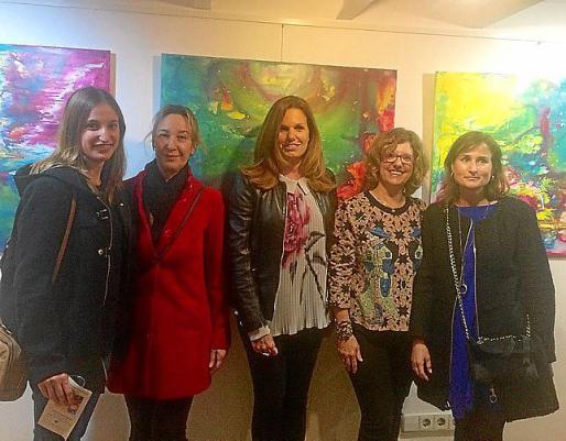 Almudena Fernández, Mari Carmen Muñoz, Maria Company, Toñy Pérez y Mari Carmen Barbado.
