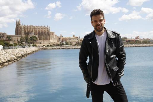 Ricky Merino, de 31 años, estuvo este miércoles en Varadero y luego de compras por Palma.