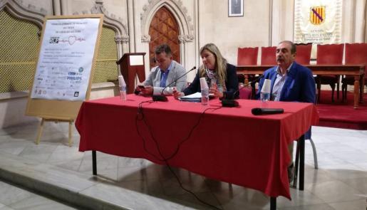 Patricia Gómez, Joan Carles Verd y Bartomeu Marí, durante la presentación.