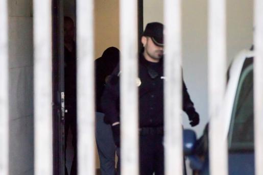 El autor confeso de la muerte de Diana Quer, José Enrique Abuín Gey, a su salida del juzgado de instrucción número 1 de Ribeira (A Coruña).