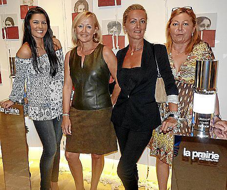 Neus Dalmau, Cati Rosselló, Aurora Caracuel y Marian Ribalta, clientas de la firma la Prairie.