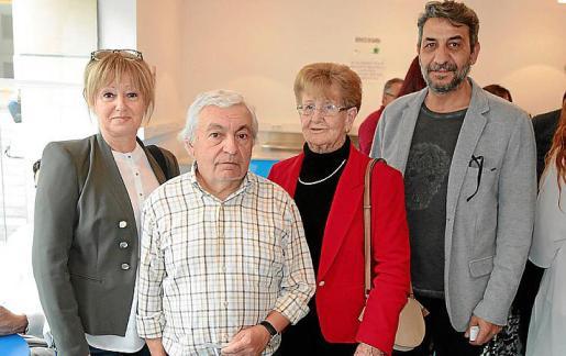 Magdalena Oliver, Josep Nicolau, Magdalena Barceló y Jaume Sansó.