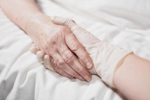 Cataluña propone este martes al Congreso una ley que despenaliza la eutanasia en casos terminales o con dolor permanente.