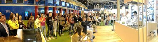 El showcooking realizado por los chefs Miquel Calent (Can Calent y Cuit) y Jaume Vicens (Béns d'Avall) causó gran expectación entre los que se acercaron hasta el estand de Balears.