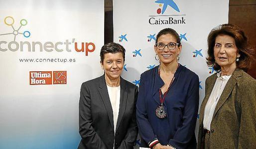 Carmen Serra, presidenta de Grup Serra, María Alsina, directora territorial de CaixaBank, y Carmen Planas, presidenta de CAEB.