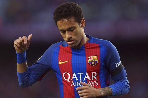 Neymar ya negocia con el Madrid, según el diario As