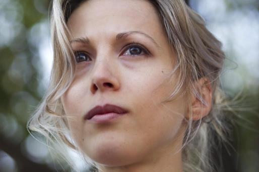 Una imagen de archivo del 24 de septiembre de 2011 en la que aparece la periodista francesa Tristane Banon durante una marcha en solidaridad con las víctimas de violación, en París.