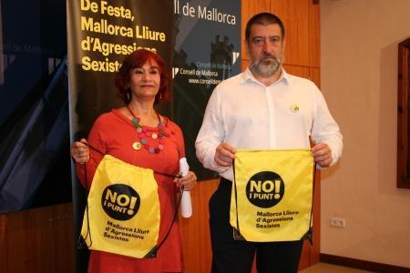 Nina Parrón y Jesús Jurado, presentando este viernes la campaña.