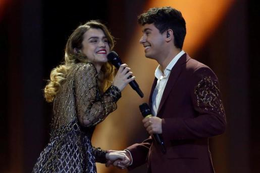 """Spain's Alfred & Amaia perform """"Tu Cancion"""" during the Grand Final of Eurovision Song Contest 2018 at the Altice Arena hall in Lisbon, Portugal, May 12, 2018. REUTERS/Pedro Nunes MUSIC-EUROVISION/FINAL"""