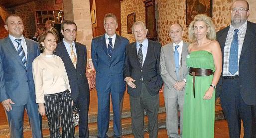 Jaume Fornés, Isabel Guitart, José Ignacio Aguiló, Juan Carlos Rosselló, Josep Oliver, Joan Jaume, Magdalena Frau y Jaime Ochogavía.