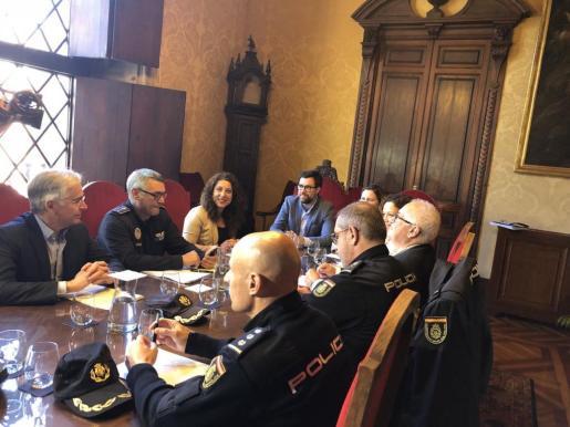 Imagen de la sesión ordinaria de la Junta Local de Seguridad Ciudadana celebrada la mañana de este lunes en el Ayuntamiento de Palma.