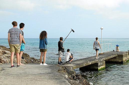 Un instante de la filmación de una de las secuencias de 'Lo que ocurre en Cap Vermell', en Capdepera.