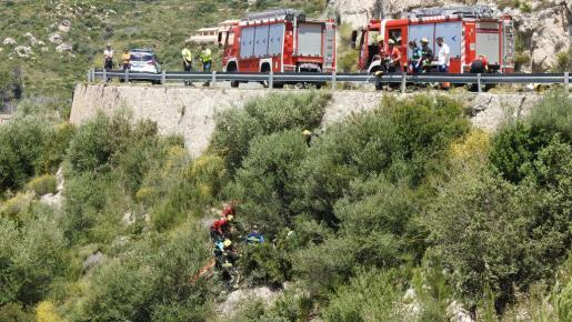 Momentod el rescate del motoista en la carretera a Estellencs.
