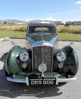 Roman Hummelt compró en Londres este Bentley Mark VI de 1951 en su estado original