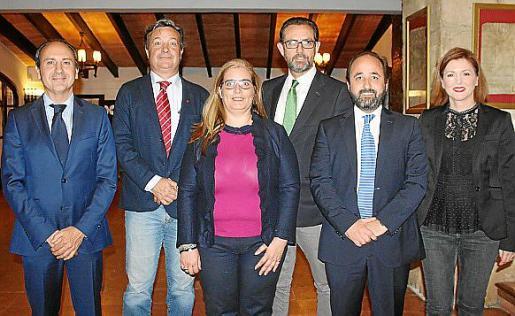 Salvador Perera, Javier Hernández, María Antonia Morey, Alejandro Sáenz de San Pedro, Jesús Avilés y Joana Ribas.