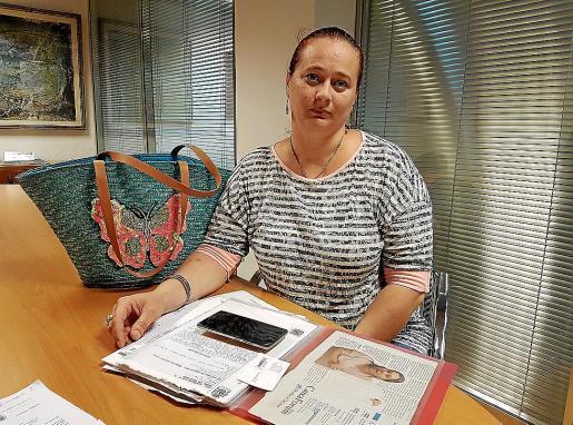 Elena Toma, ha interpuesto ocho denuncias contra los okupas gitanos.