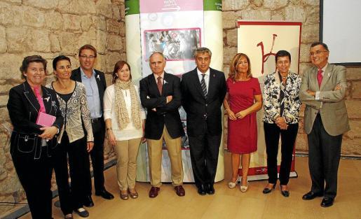 Catalina Cirer, Paula Serra, Frederic Sbert, Aina Ferriol, Joan Torrecabota, Herman Gioseffi, Teresa Martorell, Carme Serra, y Javier Cortés.