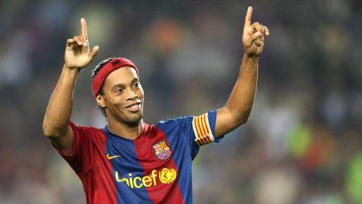 Ronaldinho en su etapa en el Barcelona.