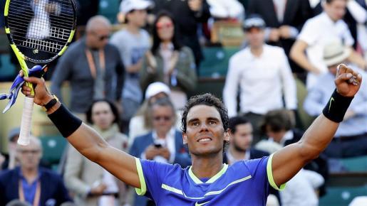 Rafael Nadal celebra su victoria ante el austriaco Dominic Thiem el año pasado en Roland Garros.