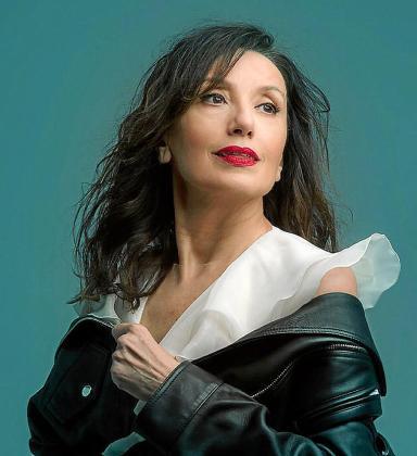 Imagen promocional de Luz Casal.