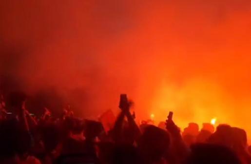 Celebración del ascenso con los jugadores del Real Mallorca en la plaza de las Totugas.