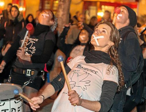 Concentración en la plaza de Cort pidiendo libertad de expresión y en apoyo al rapero Valtonyc.