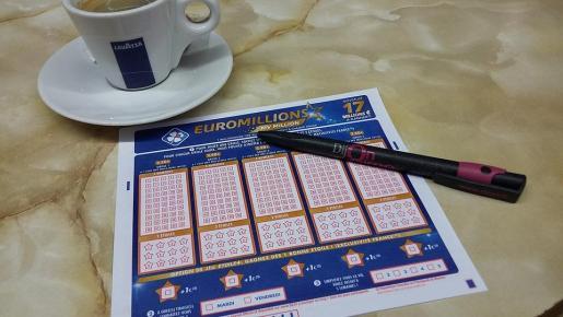 Imagen de archivo de un boleto del Euromillones.