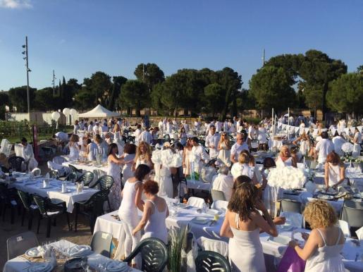 Imagen de archivo de la Cena en Blanco del año pasado.