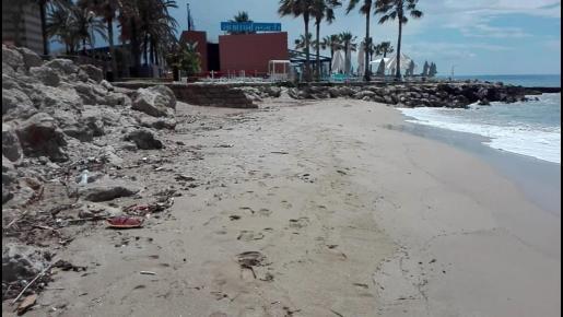 Suciedad en la playa de Can Pere Antoni.