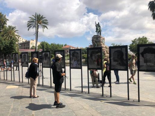 Imagen de la muestra que se exhibe en la plaza de España de Palma.