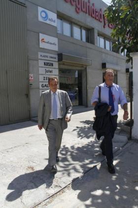 Imagen de archivo de los fiscales anticorrupción Pedro Horrach y Miguel Ángel Subirán, durante un registro realizado en la primera fase de la operación Ossífar.